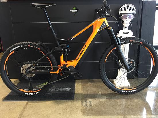 http://www.bikestore-baier.de/img/8000_orange.png
